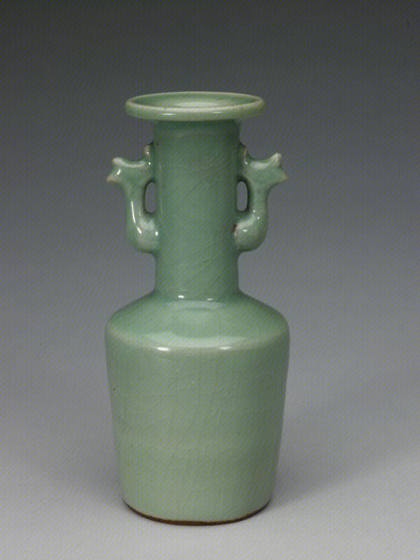 龙泉窑青釉凤耳瓶